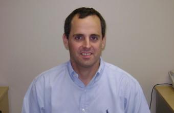 Rodrigo Castro presenta estudio sobre costos de Isapres
