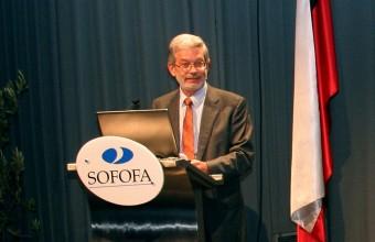 Ministro Fontaine anunció agenda de impulso competitivo en seminario Sofofa-UDD