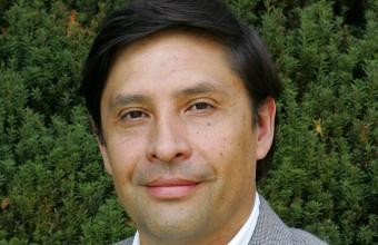 Director CFE UDD presenta sobre empresas familiares  en Estados Unidos