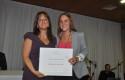 La directora de Ingeniería Comercial Marisol Troncoso y Valentina Sullivan