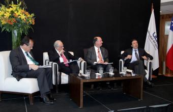 Ex ministros debaten sobre futuro de la Educación Superior