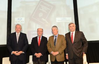 Ministro Eyzaguirre inauguró seminario sobre Reforma Constitucional