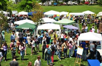 Feria de IcoMarket en la UDD