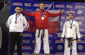 Alumno de Ingeniería Comercial se consagra campeón Panamericano de Taekwondo