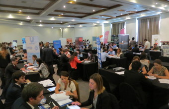 Más de 340 alumnos participan en Feria Laboral Co-Educación de Ingeniería Comercial Santiago y Concepción