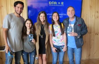 Alumnos vivieron Día del Emprendimiento en Santiago