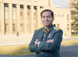 Oficial de Ejército e Ingeniero Mecánico Academia Politécnica Militar